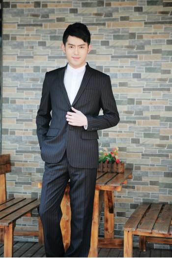 男式立领西装